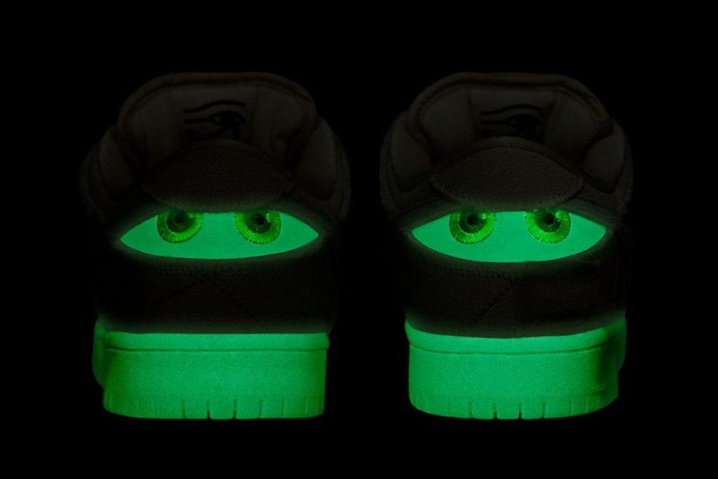 Nike SB Dunk Low 'Mummy' glow